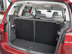 essais auto interieur et ext rieur volkswagen touran auto. Black Bedroom Furniture Sets. Home Design Ideas