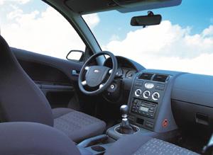 Essais auto interieur ford mondeo depuis 2001 auto for Interieur ford mondeo 2000