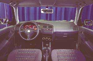 Essais auto interieur seat ibiza 1999 a 2001 auto for Interieur seat ibiza 2000